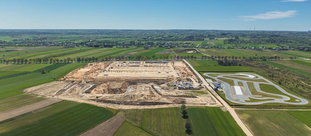 plac budowy, budujemy halę przemysłową logistyczno-magazynową w centralnej polsce