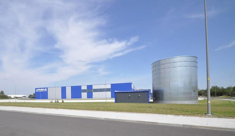 Hala wielkopowierzchniowa rhenus logistics budowana w formule zaprojektuj i wybuduj przez Generalnego Wykonawcę Rexbud