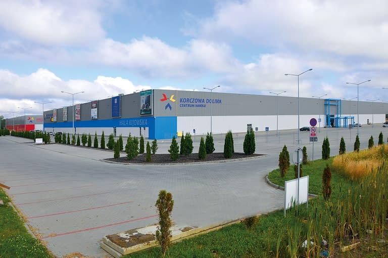 Centrum handlowe korczowa dolina młyny - polski generalny wykonawca rexbud budownictwo