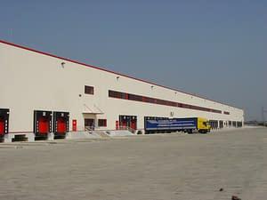 Budowane przez Rex-bud budownictwo centrum logistyczne Auchan na Węgrzech
