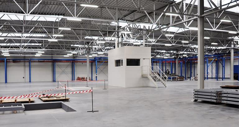Obiekt przemysłowy Porta drzwi Polska - generalny wykonawca hali magazynowej Rexbud budownictwo